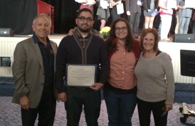 Mario Banuelos Wins Best Graduate Oral Presentation At SACNAS